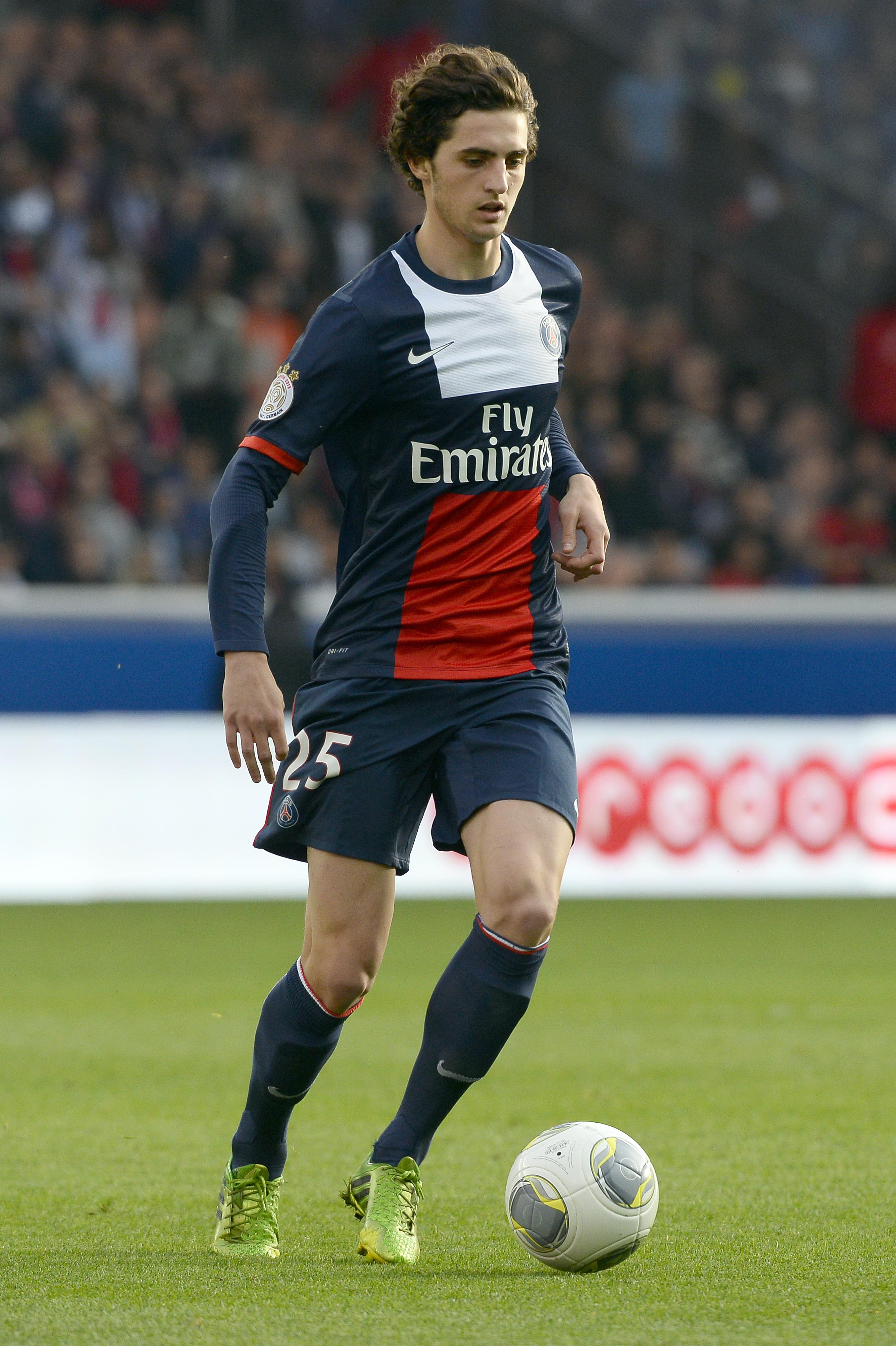 Photo of لاعب وسط باريس سان جيرمان لتعويض فيدال في يوفنتوس