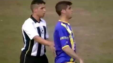 فيديو: أسوأ ممثل في تاريخ كرة القدم