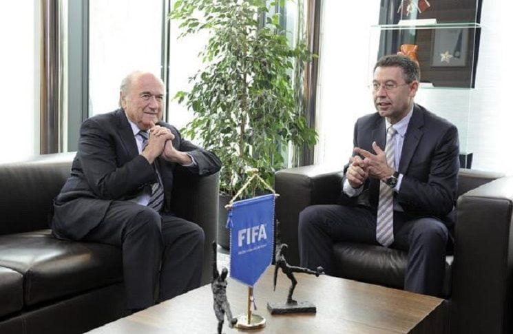 رئيس برشلونة و رئيس الفيفا