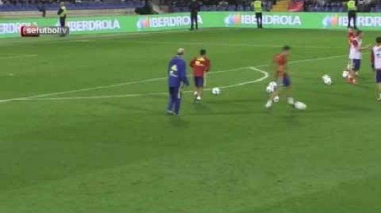 فيديو: تياغو الكانتارا يسجل هدف عالمي في تدريبات المنتخب الاسباني