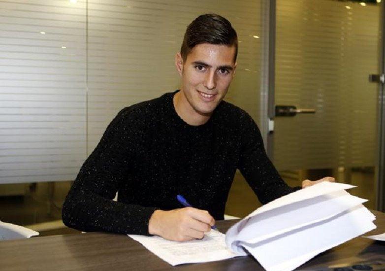 رسميا: برشلونة يفسخ عقد لاعبه الجديد بعد ساعات من التعاقد والسبب !!