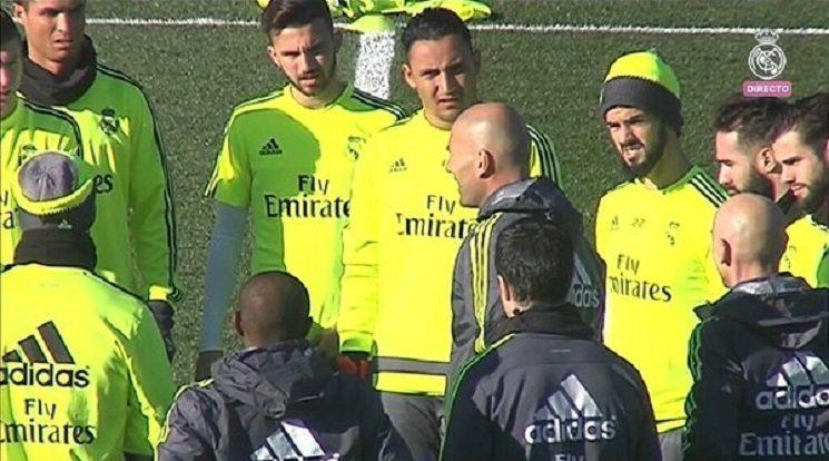 من تدريبات ريال مدريد تحت قيادة الفرنسي زيدان
