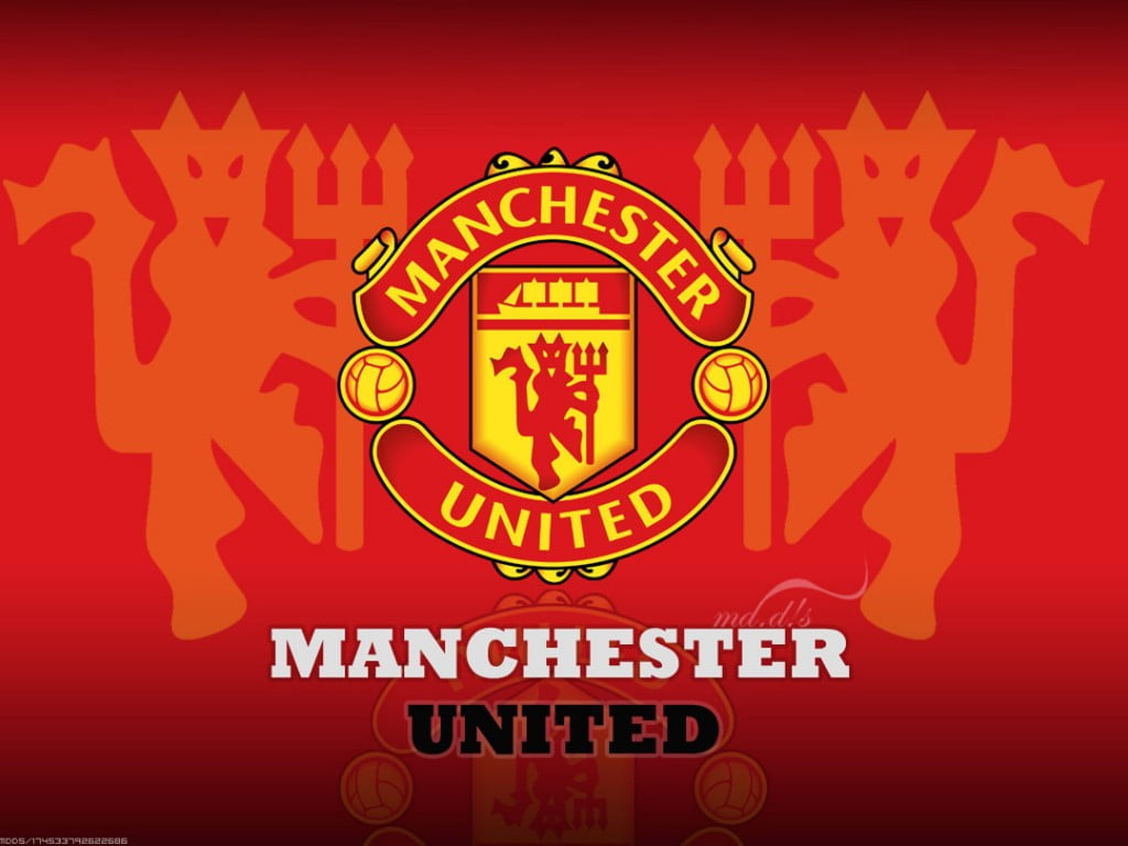 Manchester United Logo Wallpaper Perfect L76 1024x768 - نجم مانشستر قد ينتقل لمدريد
