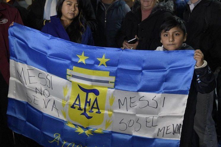 بالصور .. بناء تمثال لميسي في الأرجنتين