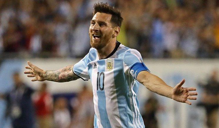 messi celebrating argentina - مينوتي : هذا ما سيحدث للأرجنتين بدون ميسي