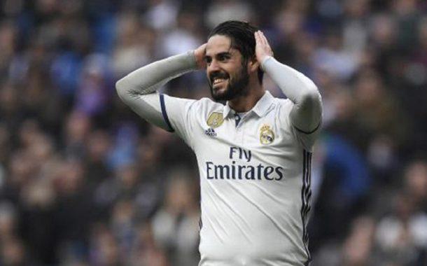 مفاجأة .. نجم برشلونة السابق بديل إيسكو في ريال مدريد