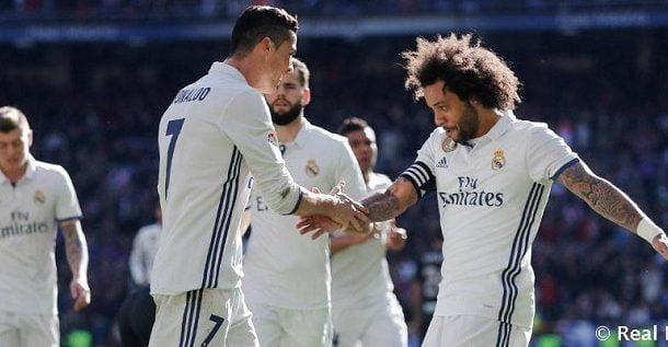 بالصورة .. تسريب القميص الثاني لريال مدريد في الموسم المقبل