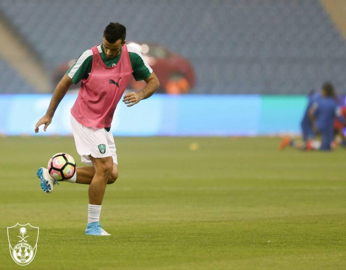 عمر السومة أفضل لاعب عربي !