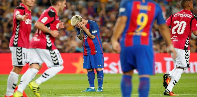barcelona 2 1 - توقيت والقنوات الناقلة لمباراة برشلونة و ديبورتيفو الافيس