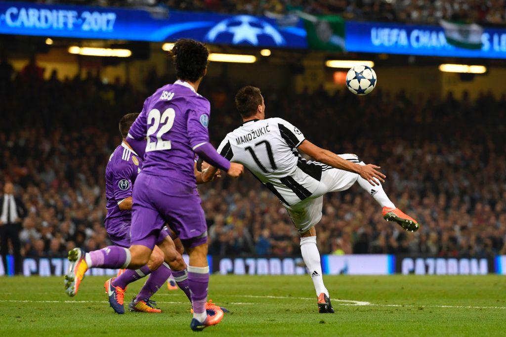 فيديو: ماندزوكيتش يعادل النتيجة بهدف رائع في مرمى ريال مدريد