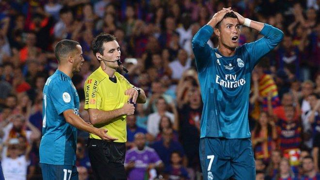 15027485555353 1 - قائمة العقوبات التي تعرض لها رونالدو منذ قدومة الى ريال مدريد