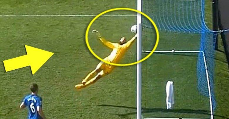 Photo of بالفيديو: الانقاذات المجنونة في كرة القدم من على خط المرمى