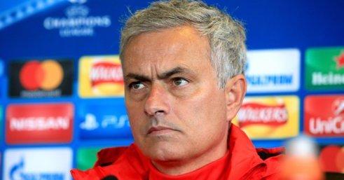 1 472 - مورينيو يصدم جماهير مانشستر يونايتد بخبر سئ عن نجم الفريق