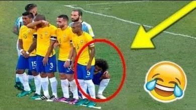 Photo of بالفيديو: عندما تتحول كرة القدم الى كوميديا في الملعب
