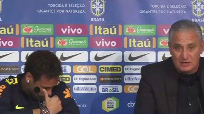 1 121 - الكشف عن سر بكاء نيمار في المؤتمر الصحفي بعد مباراة اليابان