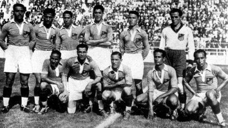 1 144 450x253 - أمجاد يا عرب.. 12 معلومة قد لا تعرفها عن المشاركات السابقة للمنتخبات العربية بنهائيات كأس العالم