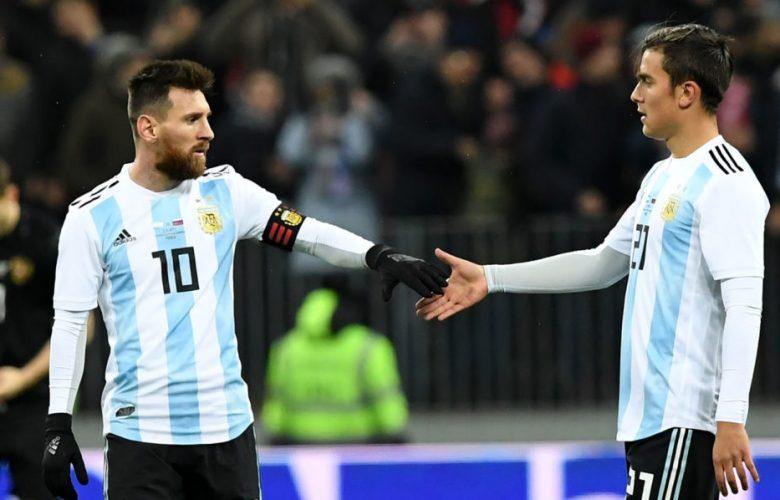 Paulo Dybala and Messi 957x598 780x500 - سامباولي يتراجع عن تصريحاته بشأن ميسي و ديبالا