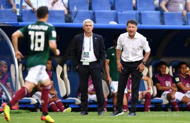 مدرب المكسيك خوان كارلوس اوزوريو