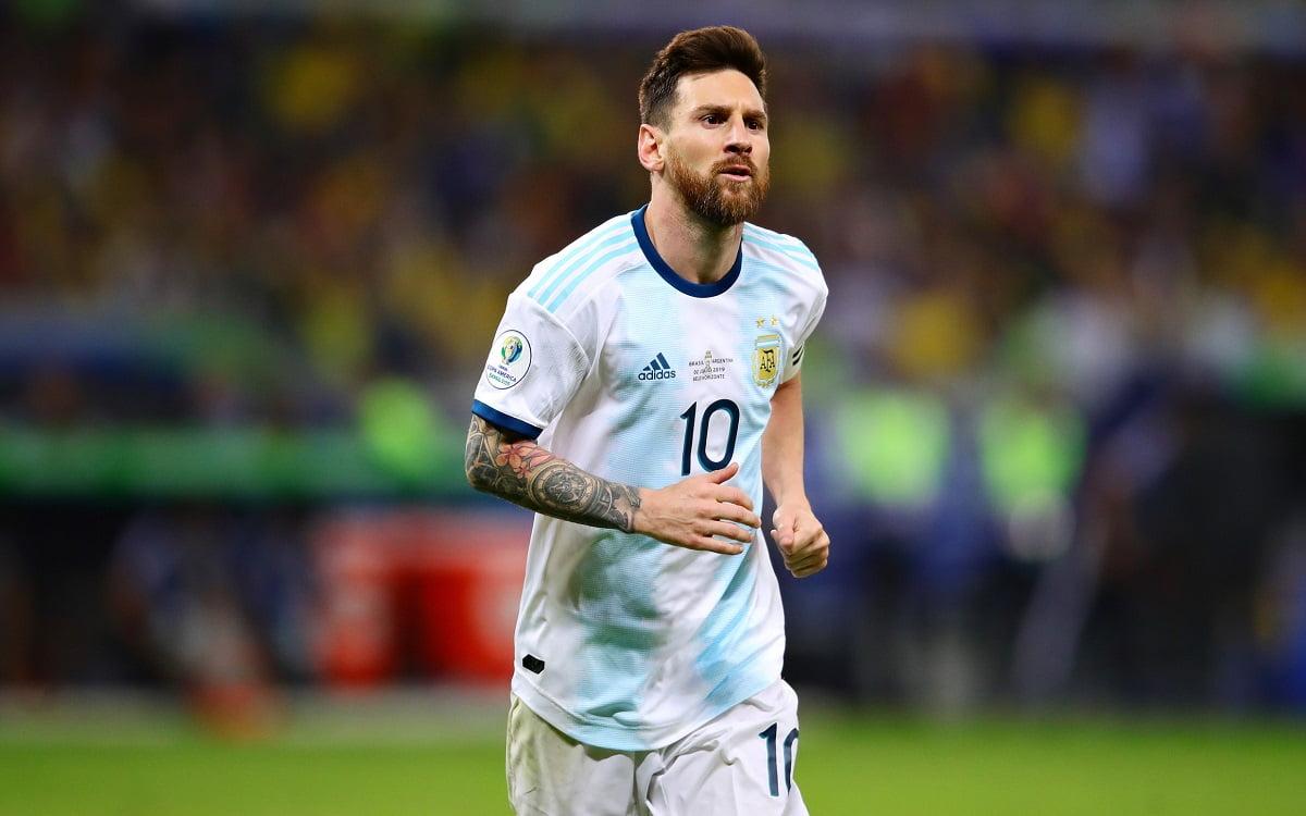 ميسي يعتذر لاتحاد أمريكا الجنوبية