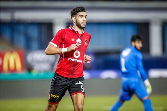 Photo of مهاجم الإتفاق السابق: يجب إيجاد بديلاً للاعب وليد أزارو