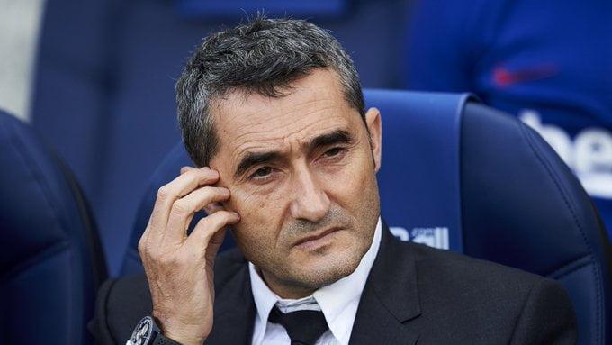 الظهور الأخير لمدرب برشلونة السابق إرنستو فالفيردي لتوديع اللاعبين