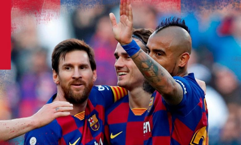 صورة ميسي يعزف منفردا وجريزمان الأسوأ.. التقييم الفني للاعبي برشلونة أمام إيبار