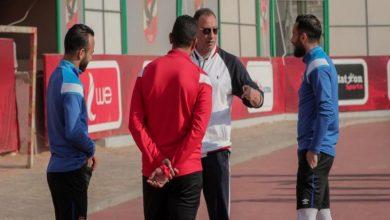 Photo of الخطيب يؤازر لاعبي الأهلي من التتش
