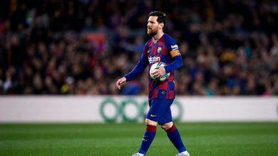 Photo of ميسي يحدد 5 لاعبين غير قابلين للمس في برشلونة