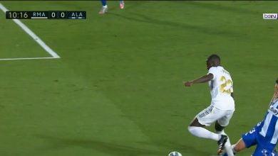 صورة لقطة ركلة جزاء ريال مدريد أمام الافيس في الدوري الاسباني