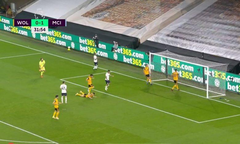 صورة هدف مانشستر سيتي الثاني في مرمى وولفرهامبتون 2-0 الدوري الانجليزي