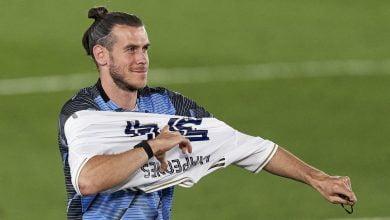 صورة بارنيت: يجب على ريال مدريد تقبيل الأرض التي يمشي عليها جاريث بيل