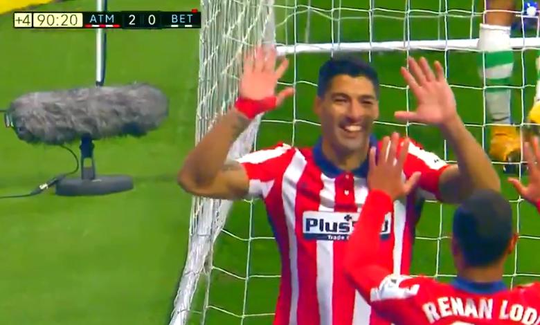 صورة هدف سواريز في مرمى ريال بيتيس 2-0 الدوري الاسباني