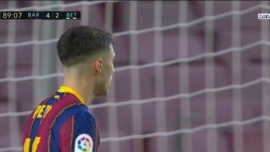 هدف برشلونة الخامس في مرمى ريال بيتيس 5-2 الدوري الاسباني