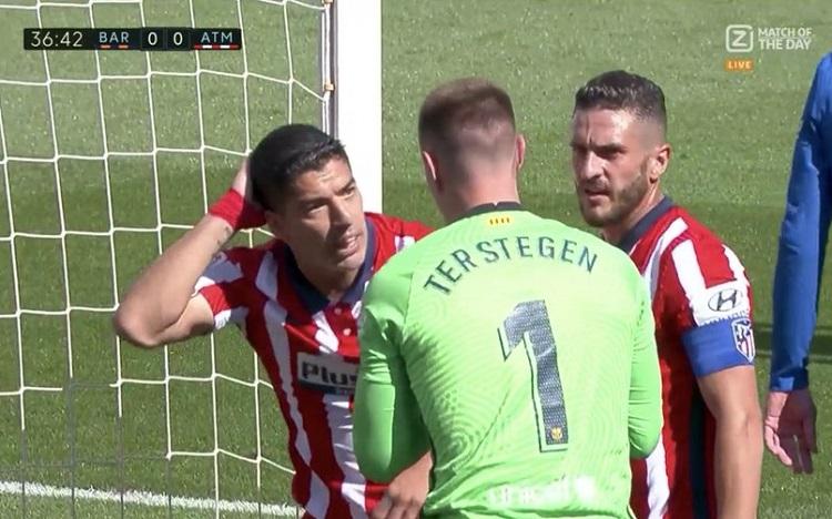 سواريز ضد برشلونة