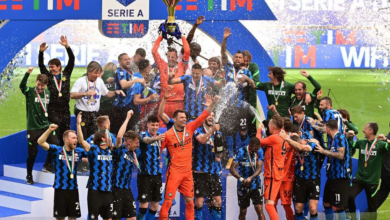 لاعبو الإنتر يرفعون لقب السكوديتو في ملعب جوزيبي مياتزا