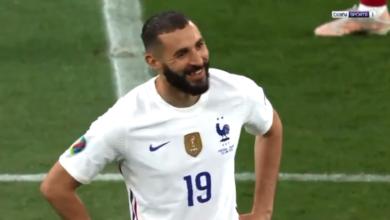 لقطة كريم بنزيما وكريستيانو رونالدو قبل مباراة فرنسا والبرتغال