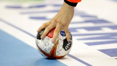 عدد تبديلات كرة اليد وكم احتياطي