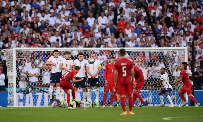 هدف الدنمارك الاول في مرمى انجلترا 1-0 يورو 2020