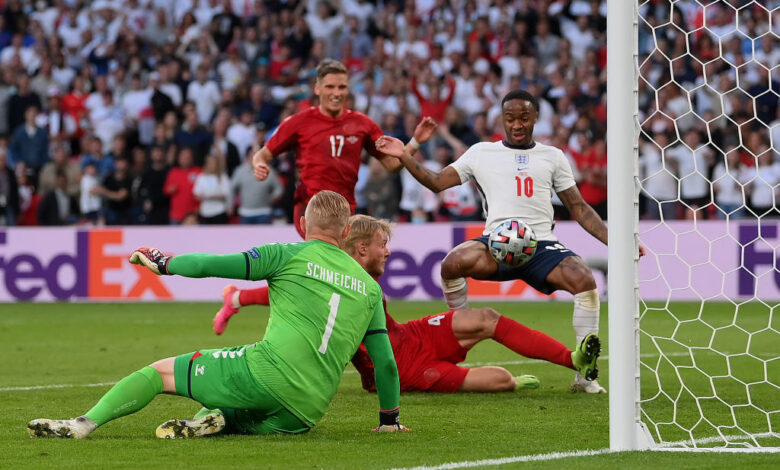 هدف انجلترا الاول في مرمى الدنمارك 1-1 يورو 2020