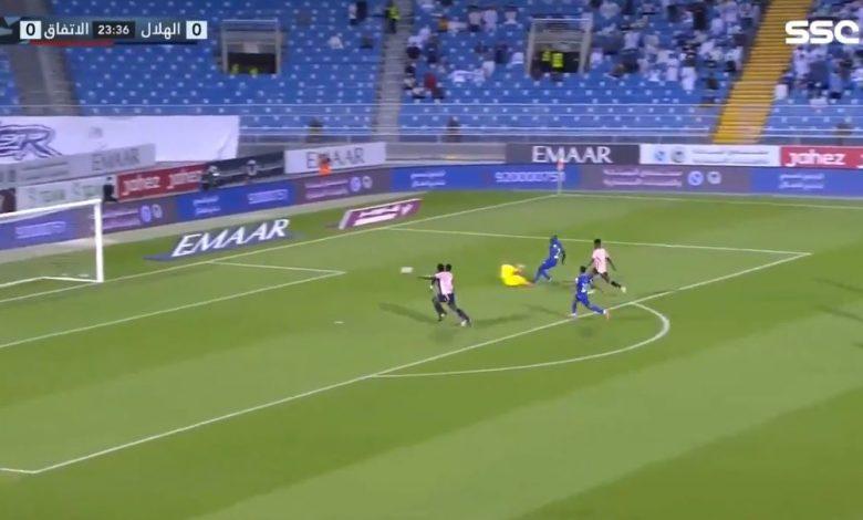 هدف الهلال الاول ضد الاتفاق 1-0 الدوري السعودي