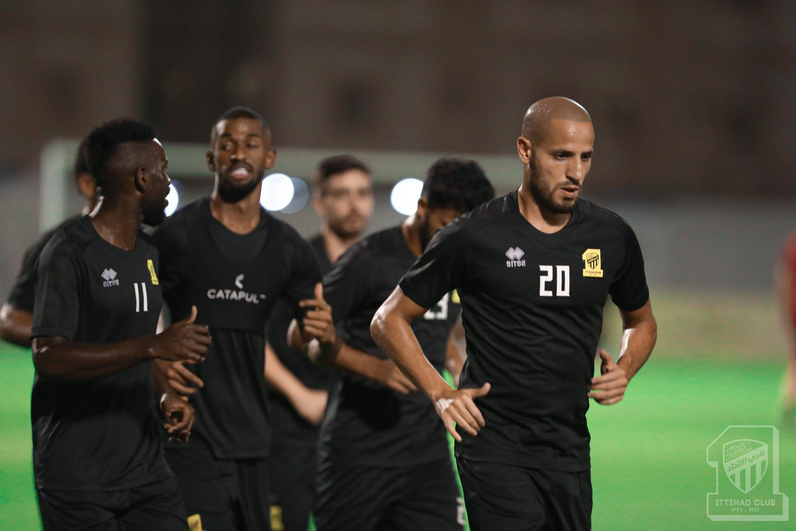 الاتحاد يحفز لاعبيه قبل مواجهة النصر