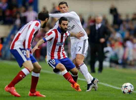 ronaldo 4 16 2015 - انتقادات قاسية لـBBC ريال مدريد